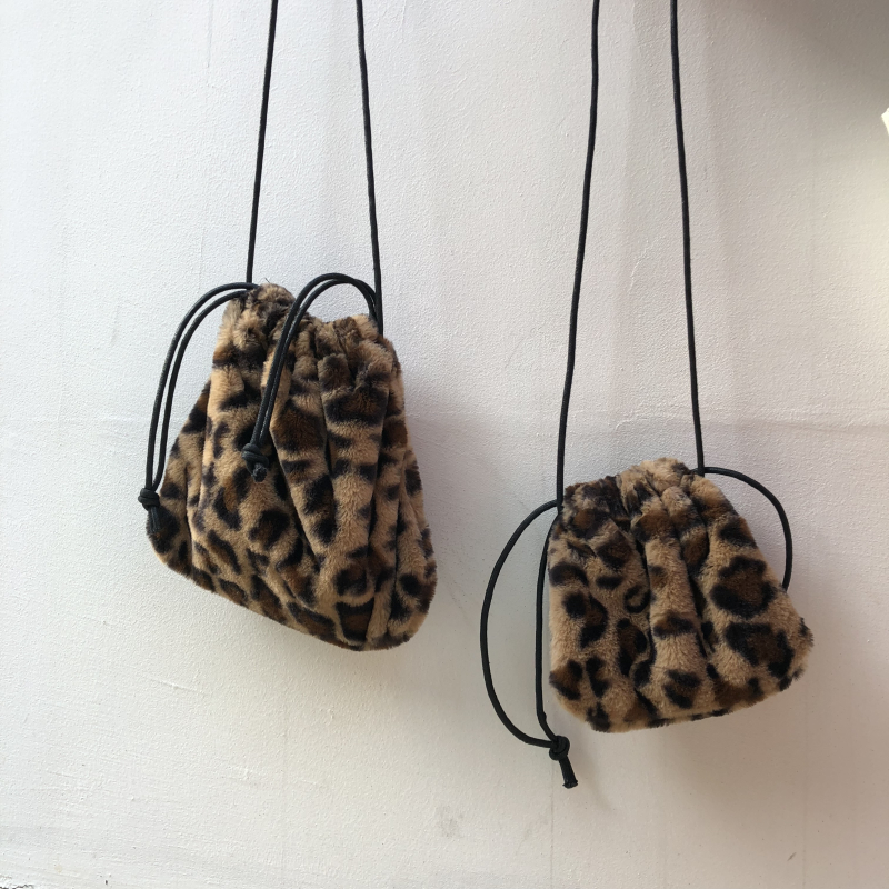 Detail Feedback Questions about Vintage Leopard Bag For Women 2018 Faux Fur  Winter Crossbody Bags Female Drawstring Mini Shoulder Bags Phone Handbags  And ...
