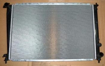 Radiator montage voor ruifeng M5 benzine 2.0 motor