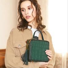 female handbags new genuine leather Crocodile pattern tassel Messenger bag women retro small square bags crossbody handbag 2018 women bag genuine leather crocodile pattern handbags women messenger bags crossbody female small shoulder bag