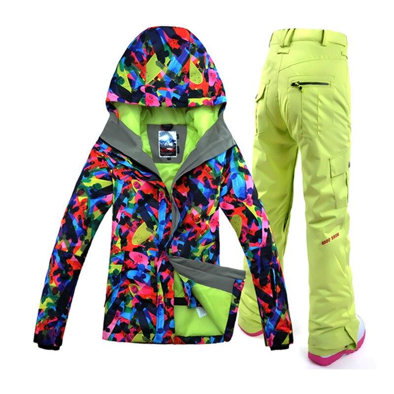 kurtki narciarskie a kurtki snowboardowe