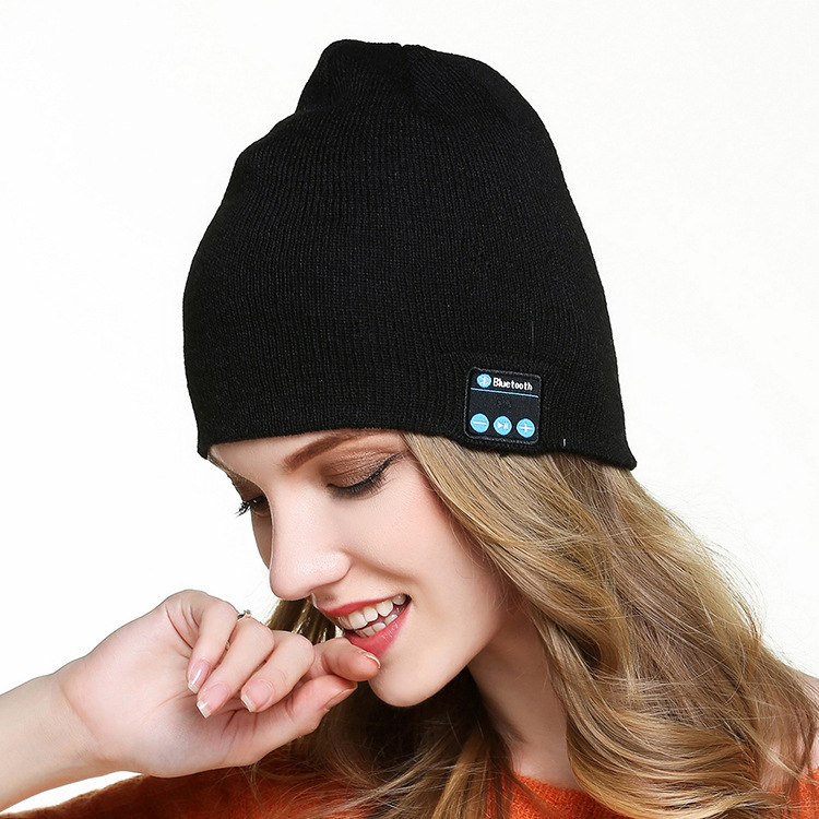 New Fashion Wireless Bluetooth headphones Music hat Men Women Outdoor Sport Stereo Music Hat for iPhone SmartPhone