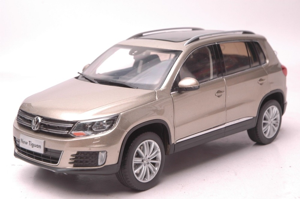 1:18 Diecast Model for Volkswagen VW Tiguan 2013 Gold SUV Alloy Toy Car Collection Gifts hot sale abs chromed front behind fog lamp cover 2pcs set car accessories for volkswagen vw tiguan 2010 2011 2012 2013