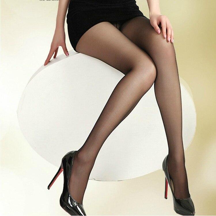 Sexe avec une brune en ligne