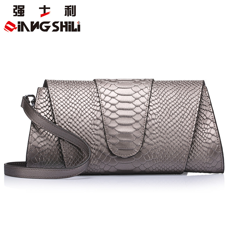 27.5x14CM 2016 spring and summer new serpentine clutch bag leather handbag European and American fashion women clutch dinn A2473 2016 spring and summer free shipping red new fashion design shoes african women print rt 3