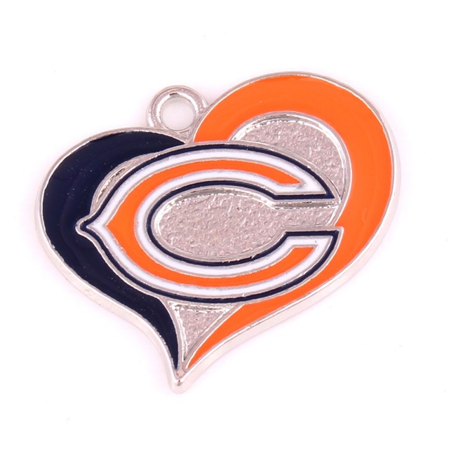 5pcs A Lot Sports Chicago Bears Logo Swirl Heart Football Charms In