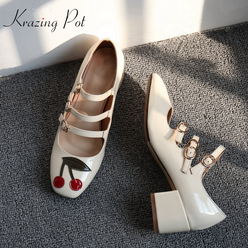 Krazing Pot 2019 Genuine Leather Shoes Women Fashion Square Med Heels Pumps Square Toe Cherry Leaf Pattern Mary Janes Pumps L08