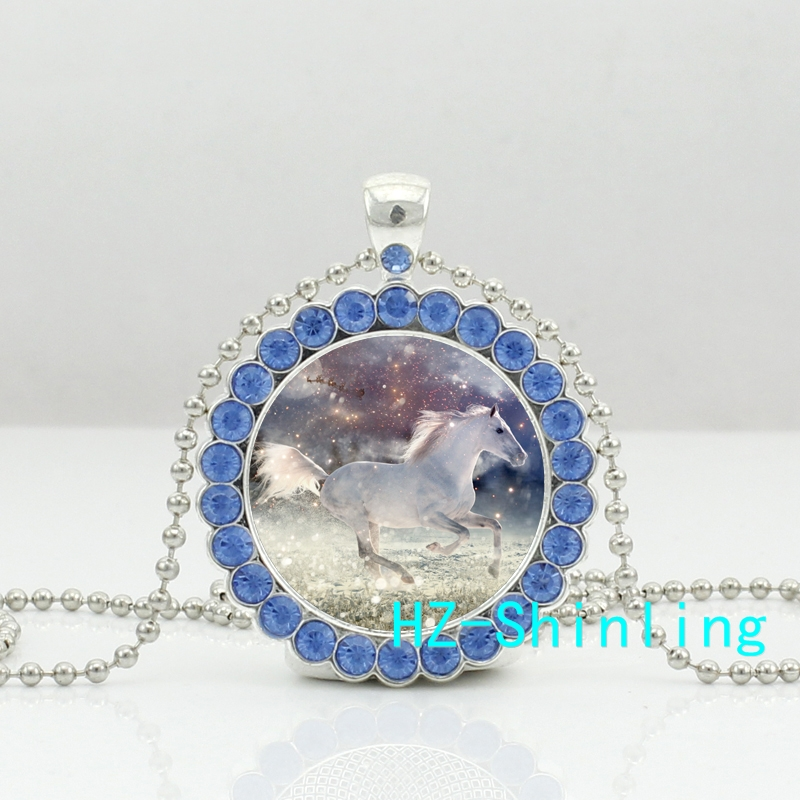 HZShinling Christmas Holiday Horses Crystal Necklace Romantic Christmas Horse in Snow Jewelry Glass Cabochon Crystal HZ6