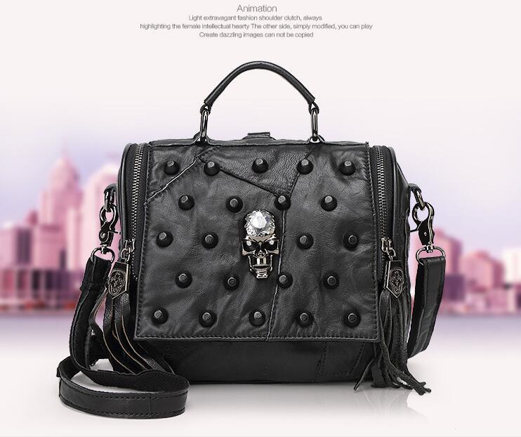 ФОТО Women Gothic Black Skull Rivet Sheep Gunuine Leather Fashion Tote Bag One Shoulder Bag with Tassels