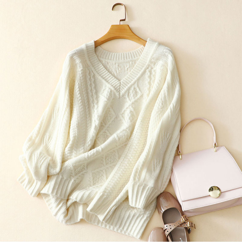 2018 Autumn Winter V-neck White Oversized Sweater Women Elegant 100% Pure Cashmere Solid Color Long Sleeves Thick Jumper Sweater simple v neck solid color long sleeves sweater for women
