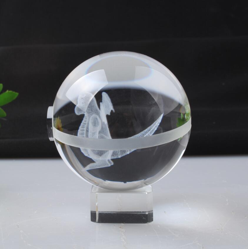 Pokemon Engraving Dragonite Round Crystal Nice Fashion Ball With Base With Gift Box