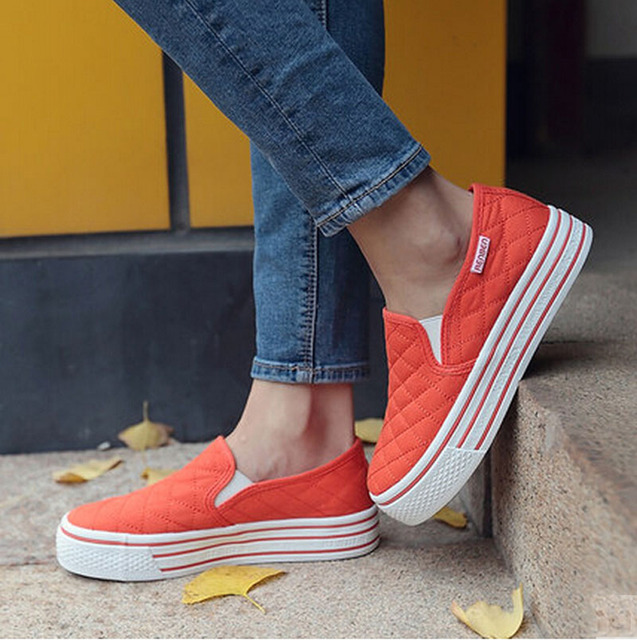 Brand Women Flats Casual Shoes Slip On Canvas Fashion Platform Loafers Autumn Comfort White Women Shoes Plus Size 35-39 p7d31
