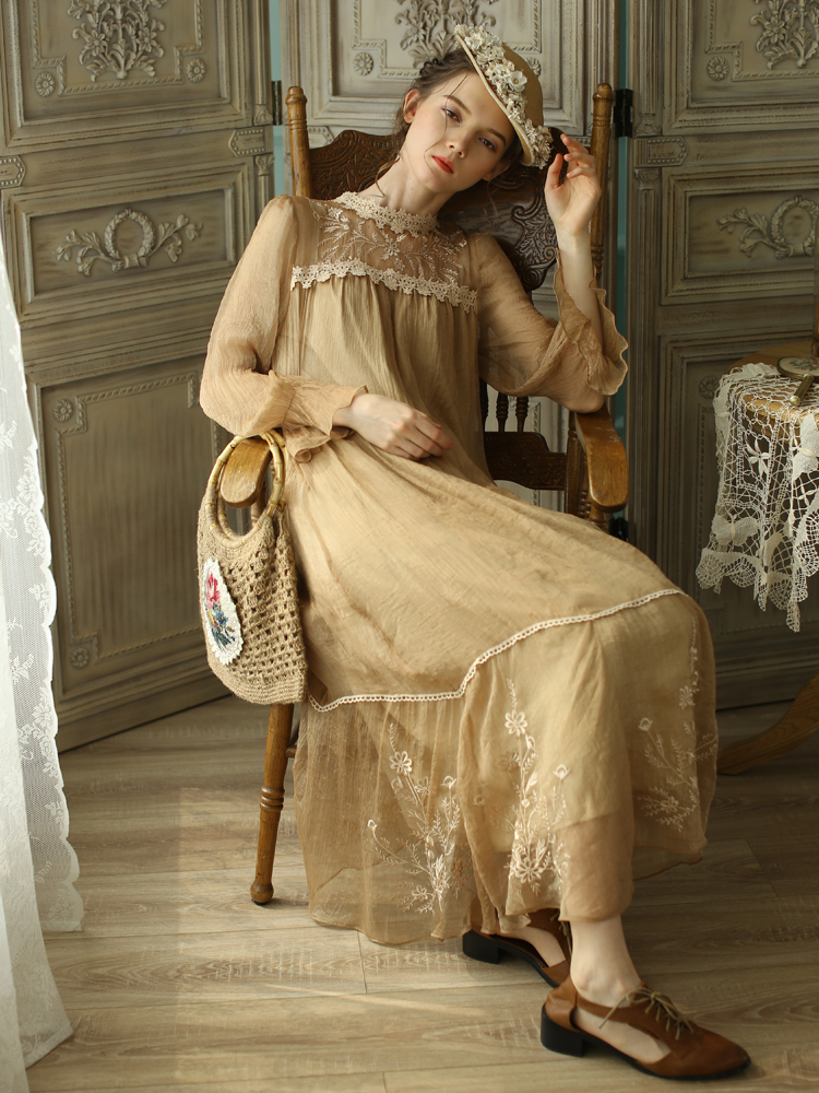 LYNETTE'S CHINOISERIE Spring Autumn Women Loose Victoria Style Vintage Mori Girls Embroidery Dresses