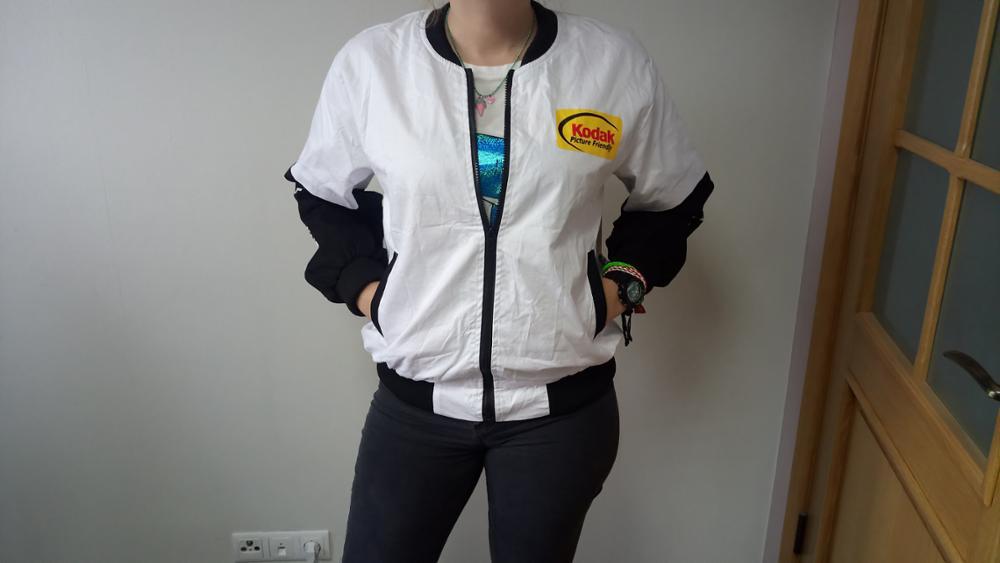 Las mujeres de los hombres abrigo de marca de ropa de béisbol ropa de estilo  japonés MA1 chaqueta de Harajuku piloto de la calle Harajuku impresión  chaqueta ... 1b3de5c2f41