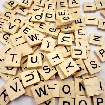 100 Uds letras del alfabeto de madera Scrabble azulejos negro letras y números para manualidades de madera del rompecabezas