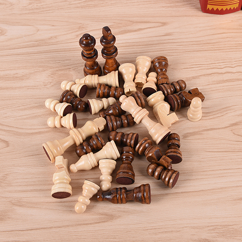 32pcs high-grade Funny wooden chess piece grid International checkers Chess Board Game Sports Entertainment