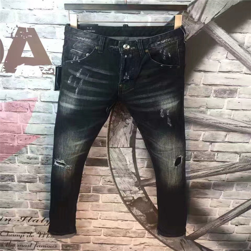 ФОТО Europe Fashion New Men Jeans Decoration Nail Medium Wash Cultivation Mid Waist  Locomotive Motorcycle Nightclub D Hole Pants