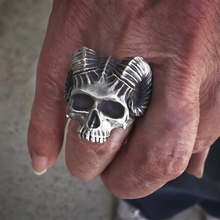 Cool Horned Satanic Demon Skull Head Biker Ring Mens Satan 316L Stainless Steel Punk Rock Jewelry