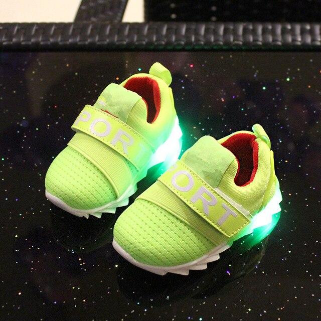 2017 детей обувь девочек светящиеся кроссовки со светом Детская спортивная обувь 1-3 лет Детская обувь мальчиков мягкой подошвой детские детская одежда обувь