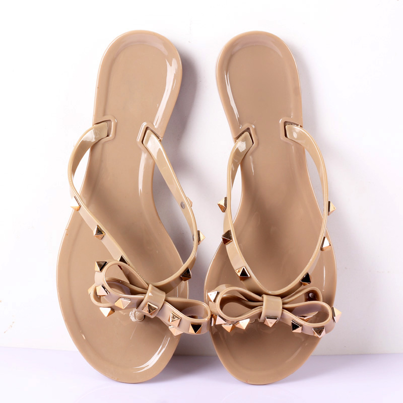 Hot 2019 Fashion Woman Flip Flops Summer Shoes Cool Beach Rivets Big Bow Flat Sandals Brand Jelly Shoes Sandals Girls Size 36-41