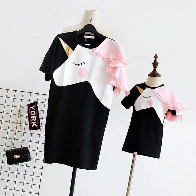 Familie Bijpassende Kleding Moeder Dochter Jurken Wedstrijden Eenhoorn Jurk T-shirt voor Moeder Mama & Me 3D Print Kleding Grappige Outfits