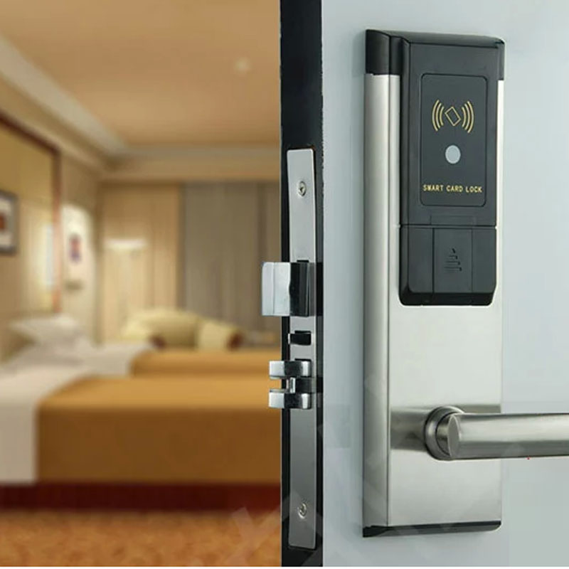 цены Electronic RFID Hotel Door Lock System Swipe Card Smart Door Lock