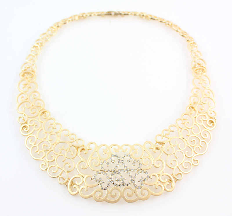 c8400e8b4 ... African Costume Jewelry Sets Gold Crystal Wedding Women Bridal  Accessories nigerian Flower Pattern Necklace Set ...