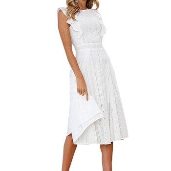 aecf5dcd6 De moda de verano de una línea de encaje vestido blanco Playa Las mujeres  Midi vestidos de niña de dulce volantes sin mangas vestido fiesta GV413