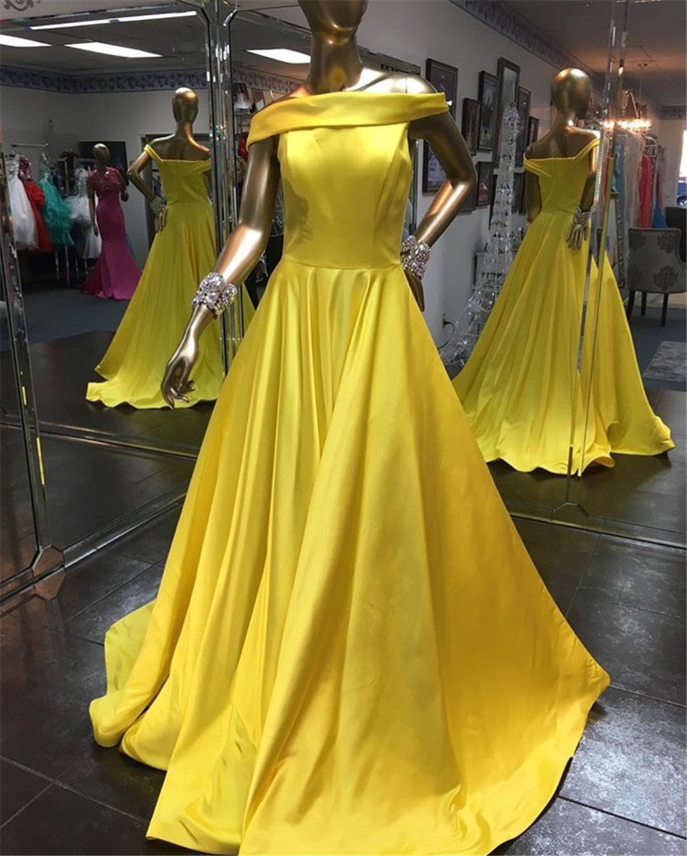 Elegant Long Gold Satin Wedding Party   Dresses   Custom Made Boat Neck A Line Long   Bridesmaid     Dress   High Quality Maid Of Honor Gown
