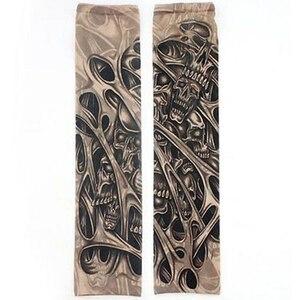 Image 4 - Fałszywe tymczasowe rękawy tatuaże tatuaże pełne długie poślizg na tatuaż na ramię zestaw tulei mężczyzn elastyczny nylon rękawice tatuaże czarny projekt czaszki