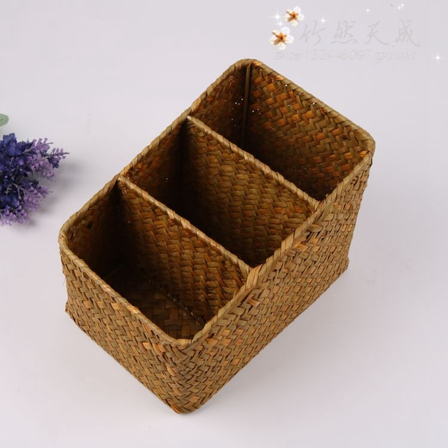 Natural Handmade Woven Straw Desktop Storage Boxes Office Remote Control  Key Storage Grid Mesh Baskets Small