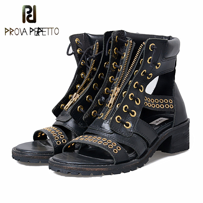 Prova Perfetto/Модные женские босоножки для отдыха на квадратном каблуке 4,5 см; выразительные сандалии гладиаторы на молнии с металлическими заклепками спереди