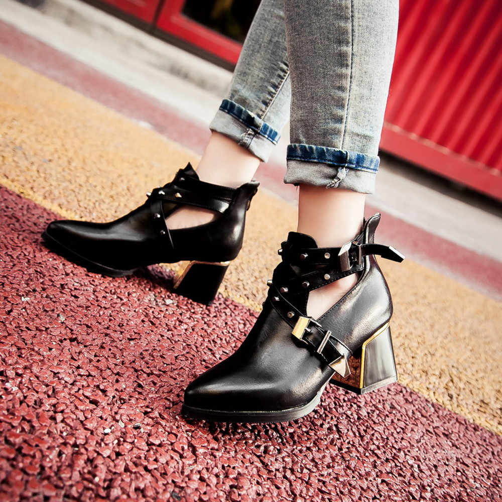 Women's Motorcycle Boots Buckle Rivets 2019 Autumn Winter Lady Short Boot High Heel Pointed Toe Leather Ankle Shoes Gothic Punk
