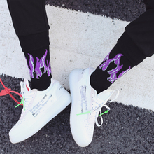 ФОТО personality original design harajuku style purple&yellow unisex flame socks street shot hip hop punk  men skateboard cotton sock