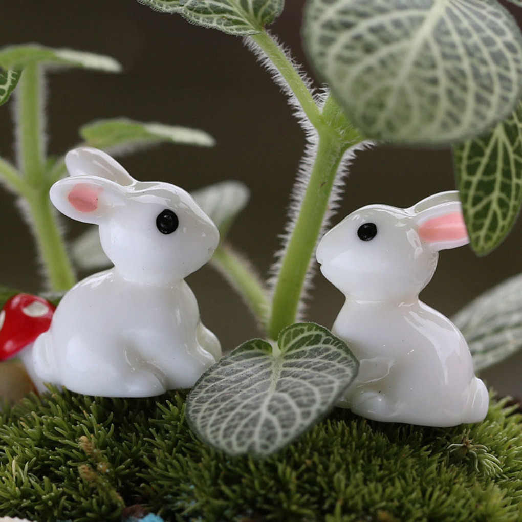 2019 2PCS Lovely Resin Plants Rabbit Cute Micro Landscape Succulent Ornaments Plant Decoration Garden Miniatures DIY Doll