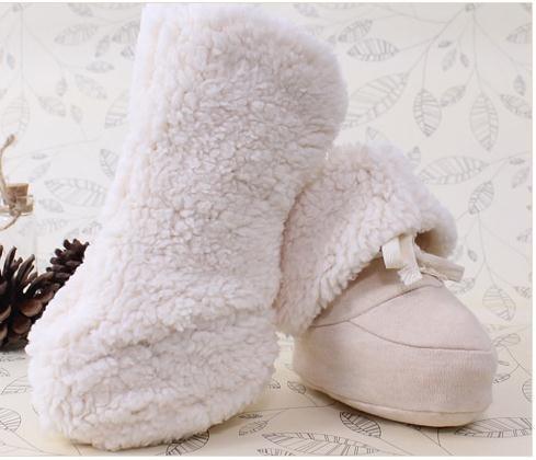 Recém-nascido calçado para bebê menina menino da criança quente Sherpa botas Stripes suave Sole sapatinho