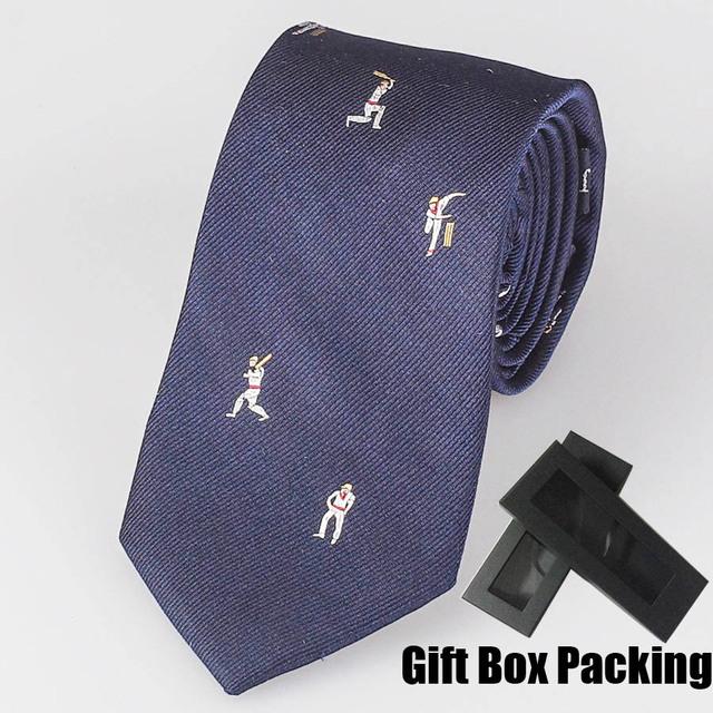 Corbata de Lujo italianos marcas famosas 100% corbata De Seda azul marino sólido con deportes de los hombres patrón de caja de regalo