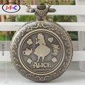 La nueva tendencia de las Aventuras de Alicia en el País de Las Maravillas de cuarzo mesa reloj de bolsillo de regalo estudiantes de la escuela partido masculino y femenino DS213