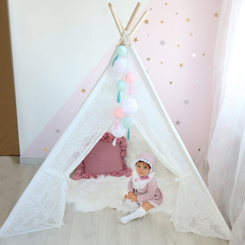 все цены на Lace Teepee Tent for Kids Toys for Children Indoor Outdoor Play Tent Girls Playhouse Baby Tipi Dream Princess Room 4 Poles