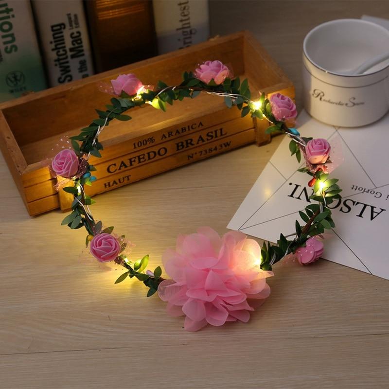 Handmade Tiara Crown LED Ghirlanda di Fiori Accessori Per Capelli Da Sposa  Partito Romantico Accessori Per Capelli Chic Hairband Ornamento Dei Capelli  Nuovo ... 6cc25d42969a