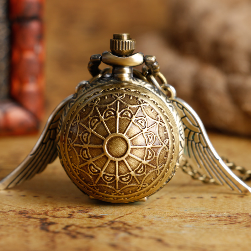 Fashion Golden Snitch Pocket Watch Stainless Steel with Necklace Chain Quartz Clock for Young People Best