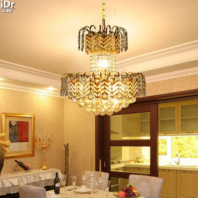 Woonkamer vloerlamp traditionele gold penthouse woonkamer ...