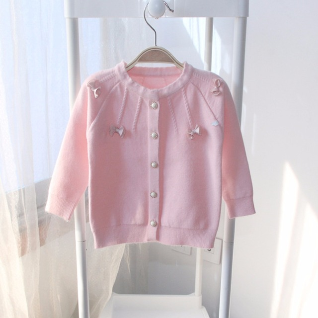 2016 New Girls Clothing Sweaters Children Kids Girls Sweater Pink Bow Single Breasted Pearl Button Toddler Girl Winter Tops