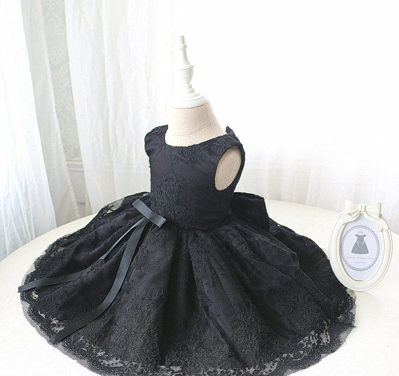 Black Arab one year baby birthday girl dress crew neck lace appliques mini kids pageant glitz dresses with bow black knitted v neck lace up front mini dress