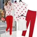 Женщины Комплект Одежды Лета Губы Печати Мода Рубашка С Короткими Рукавами + Красный Капри Одежда Установить F202