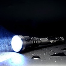 Top Sales Nitecore MH40GT CREE HI V3 LED 1000LM Hunt Search Tactical Rechargeable Flashlight Without 18650 Battery Free Shipping