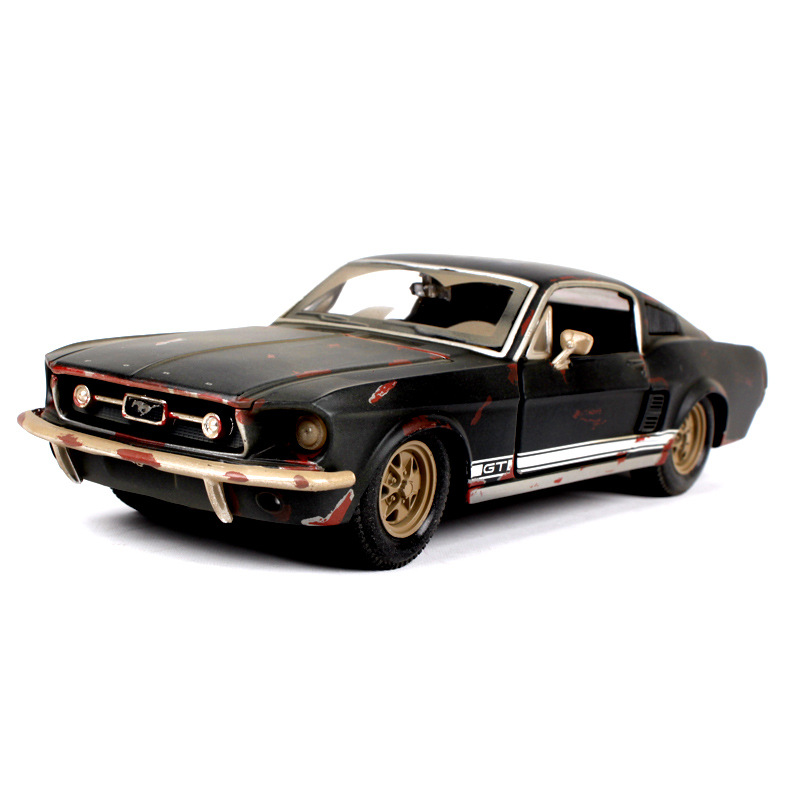MAISTO Do the old version 1967 Ford Mustang 1:24 GT Simulation Alloy Toy Car Model 195*75*55mm Collector 's Edition hot sale ford mustang police 1 18 welly s281 original alloy car model toy matte black fast