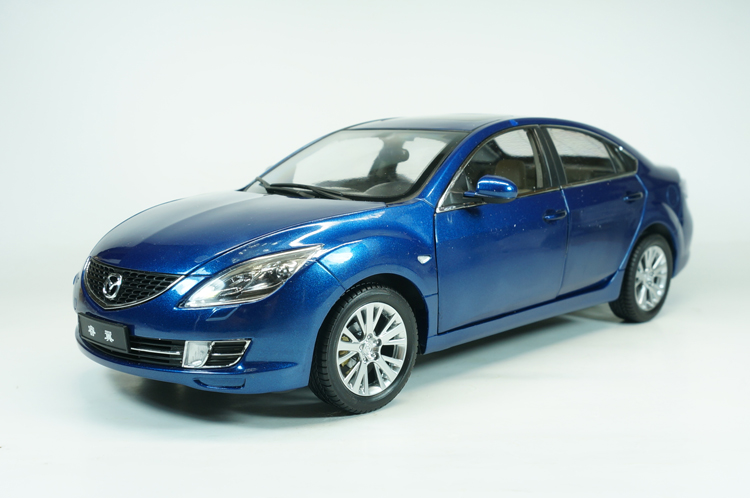 все цены на  1:18 Diecast Model for Mazda 6 Ruiyi Blue Sedan Alloy Toy Car Collection Gifts  онлайн