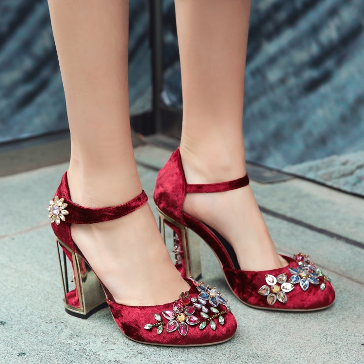 2018 Elegant Birdcage High Heels Strange Style Ladies Wedding Shoes Chunky Heel  Shoes Woman Pumps Printing Crystal Zapatos Mujer-in Women s Pumps from Shoes  ... ab92c34f2b54