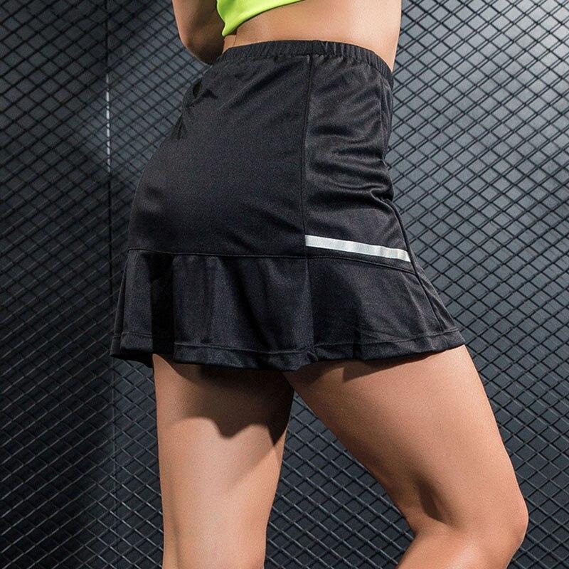 Nuevo transpirable poliéster tenis Skorts mujer Pantskirt Anti-vaciado faldas deportivas para bádminton correr Fitness 2 en 1