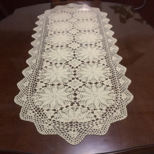 100% Cotton Beige Vintage Handmade Crochet Lace Dining Table Runners Floral Runner For Wedding Party Home Decoration Oval